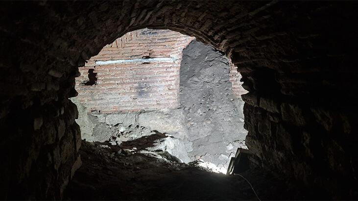 Avlunun altından çıktı… Topkapı Sarayı'nda büyük keşif!