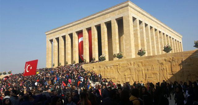 Bursa'daki Milli Eğitim müdürlüklerinden Atatürk koşusuna engel