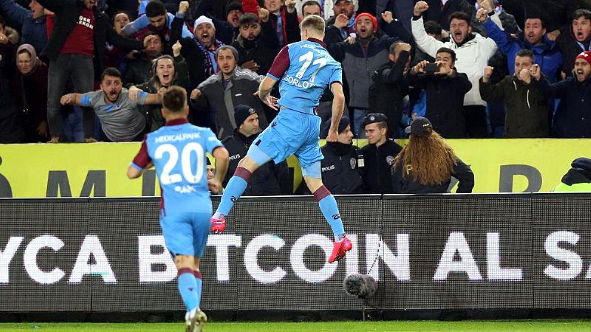 Haftanın maçında Trabzonspor Fenerbahçe'yi Kadıköy'e puansız gönderdi: 2-1