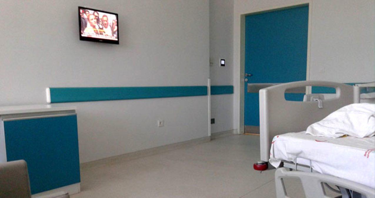 Hastanede yatan lösemi hastası oğlunun serumuna dışkı enjekte etti!