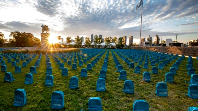 UNICEF savaşlarda ölen çocuklar için 3 bin 758 okul çantasıyla