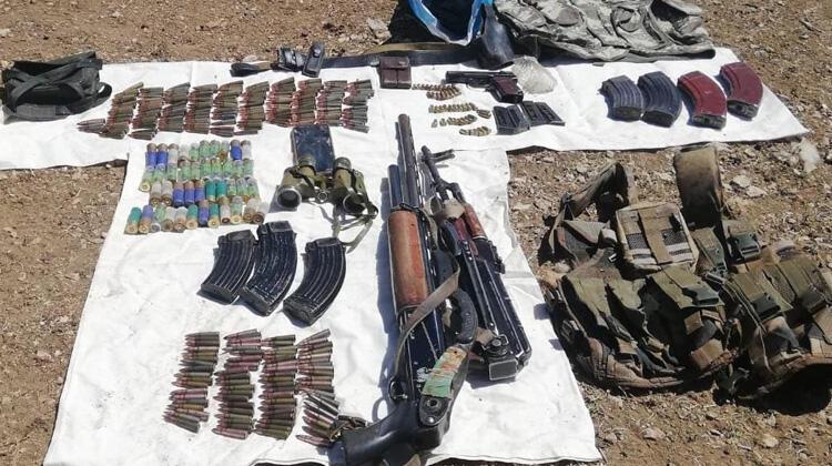 Van'da PKK'ya ait silah ve mühimmat ele geçirildi!